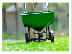 lawn fertilizer application Thumbnail0